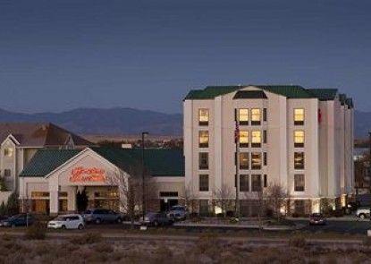 Hampton Inn & Suites Pueblo Southgate Teras