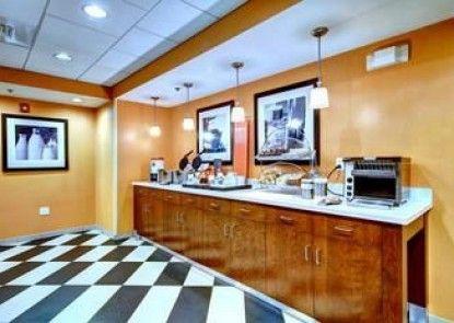 Hampton Inn and Suites Harrisburg/North