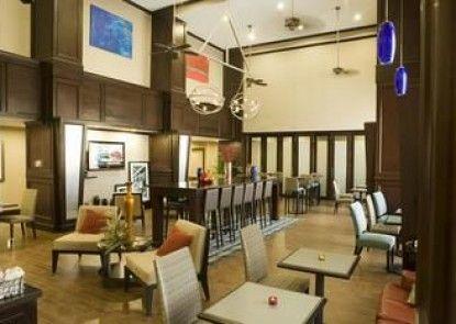 Hampton Inn and Suites Mt. Pleasant