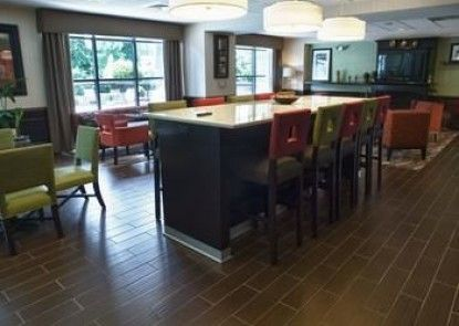 Hampton Inn and Suites Spring Lake
