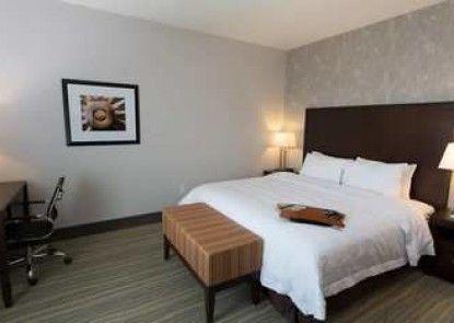 Hampton Inn by Hilton Lloydminster
