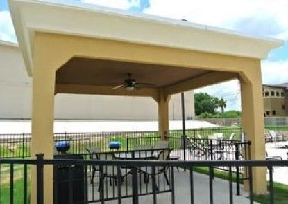Hampton Inn Carrizo Springs