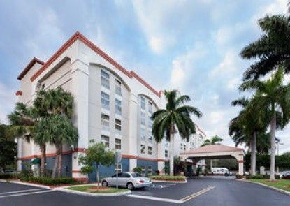 Hampton Inn Ft. Lauderdale Airport North Cruise Port