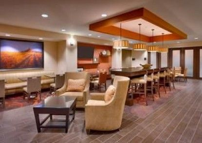 Hampton Inn Omaha/West Dodge Road