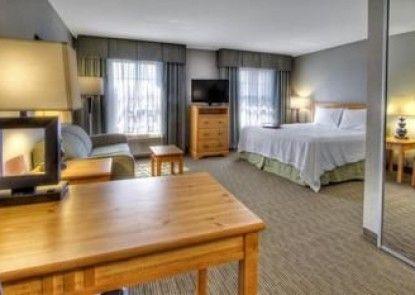 Hampton Inn & Suites Petoskey
