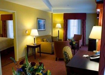 Hampton Inn & Suites Providence Downtown