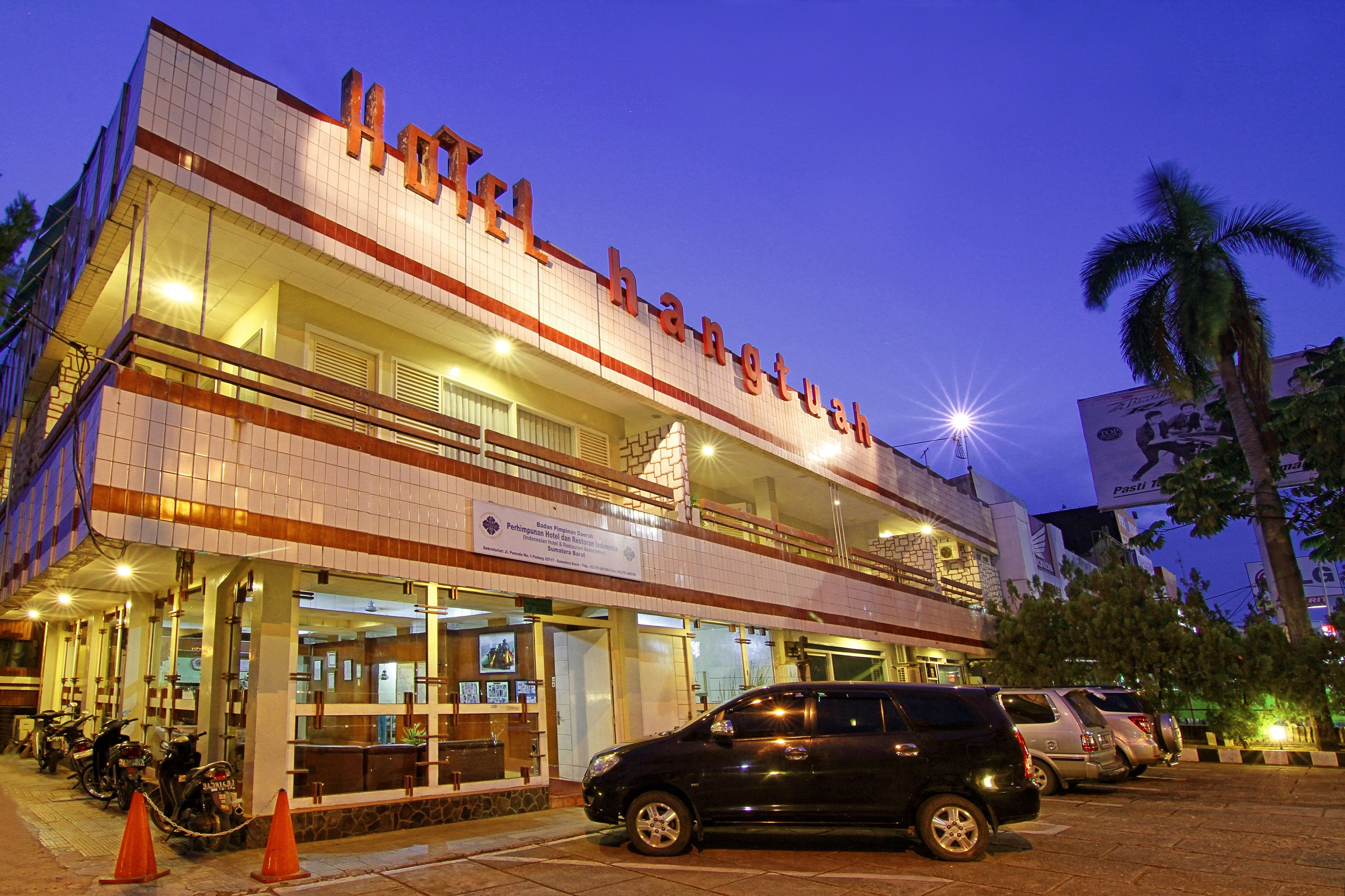Hangtuah Hotel, Padang