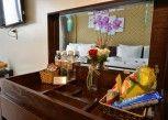 Pesan Kamar Kamar Double Deluks di Hanoi Bella Rosa Suite Hotel