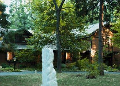 Harmony Ridge Lodge