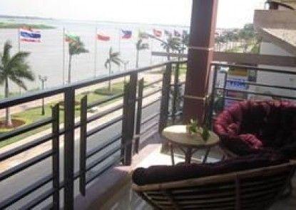 Harmony River Hotel