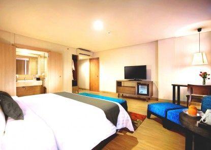 Harper Kuta Hotel Kamar Tamu