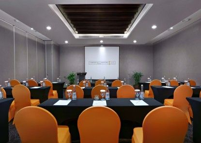 Harper M.T. Haryono Ruangan Meeting