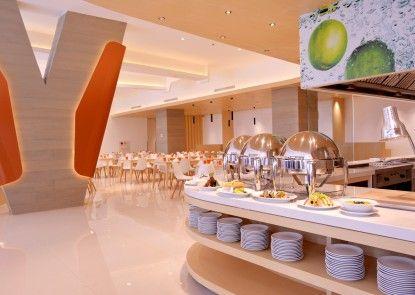 HARRIS Hotel & Conventions Bekasi Rumah Makan