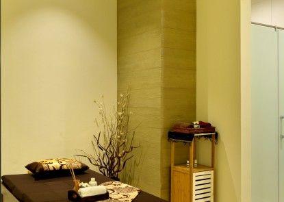 HARRIS Hotel & Conventions Bekasi Spa