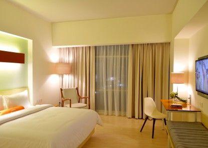 HARRIS Hotel & Conventions Bekasi Kamar Tamu