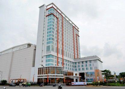 HARRIS Hotel & Conventions Bekasi Eksterior