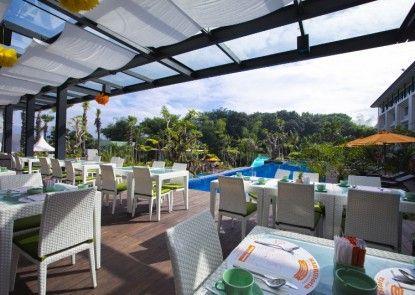 HARRIS Hotel & Conventions Malang Rumah Makan