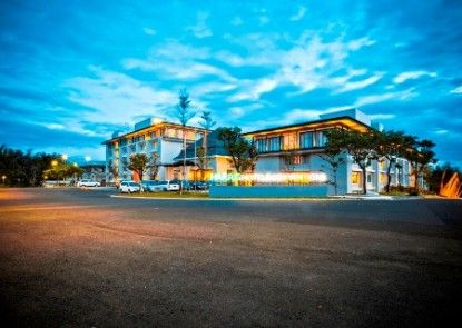HARRIS Hotel & Conventions Malang Eksterior