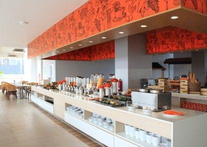 Harris Hotel & Conventions Solo Rumah Makan
