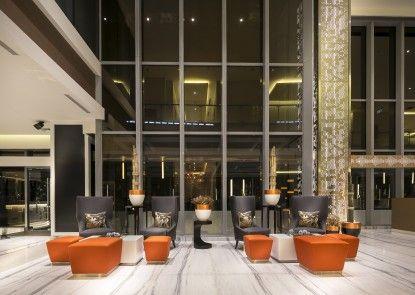 HARRIS Vertu Hotel Harmoni Lobby