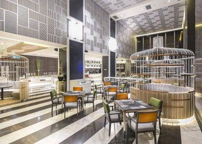 HARRIS Vertu Hotel Harmoni Rumah Makan