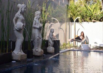 Hawaii Bali Hotel Kuta Kolam Renang