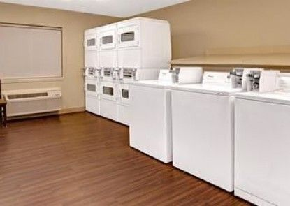 Hawthorn Suites by Wyndham Denver Tech Center