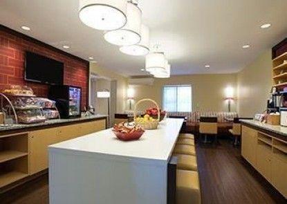 Hawthorn Suites by Wyndham Detroit Farmington Hills