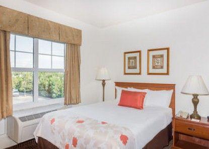 Hawthorn Suites By Wyndham Panama City Beach, FL