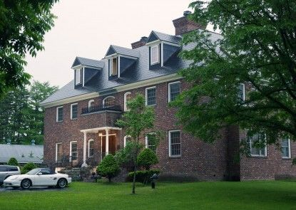 Hazel Grouse Manor