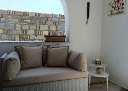 Heliessa Rooms & Suites