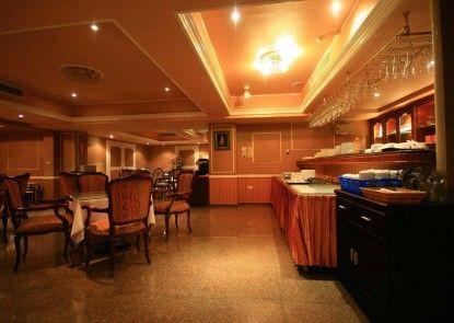 Herhuan Hotel