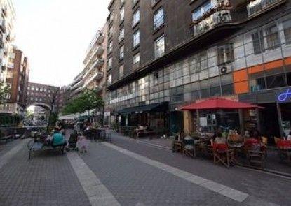 Hi5 Apartments - Central