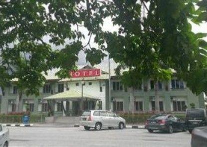 Highway Hotels - Bukit Merah