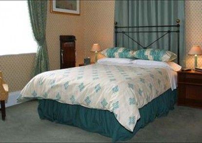Hillrise Guest House