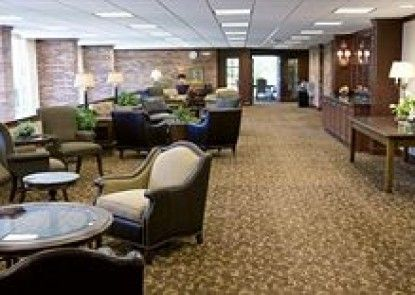 Hillsdale College Dow Hotel and Conference Center
