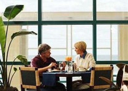Hilton Daytona Beach Oceanfront Resort Teras