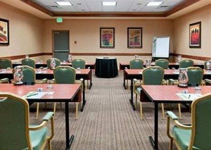 Hilton Fort Collins Teras