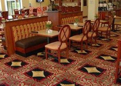 Hilton Garden Inn Bowling Green Teras