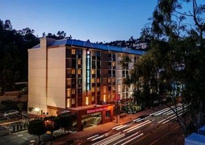 Hilton Garden Inn Los Angeles/Hollywood Teras