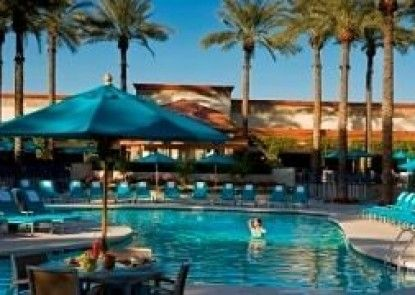 Hilton Scottsdale Resort Teras