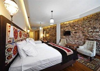 Hippodrome Hotel