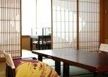Pesan Kamar Kamar Tradisional (ryokusuitei, Half Board) di Hiranoya