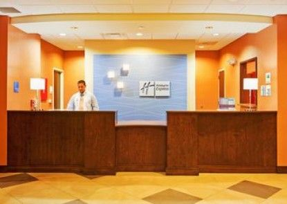 Holiday Inn Express & Suites Charlotte North Teras