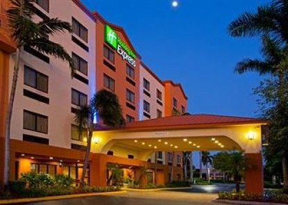 Holiday Inn Express & Suites Ft. Lauderdale Airport West Teras