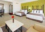 Pesan Kamar Kamar Standar di Holiday Inn Hotel & Suites Guadalajara-Centro Historico
