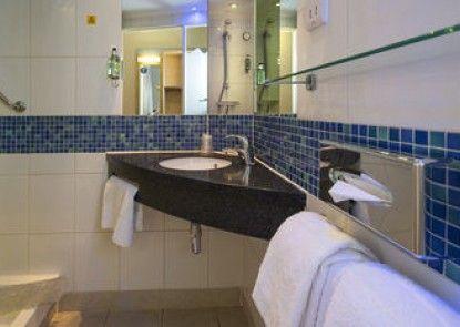 Holiday Inn Express Dunfermline