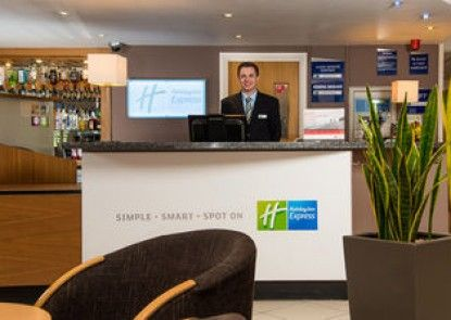 Holiday Inn Express Gloucester - South M5, Jct.12