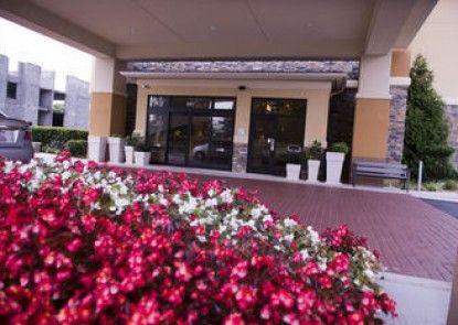 Holiday Inn Express Hotel & Suites Atlanta East - Lithonia