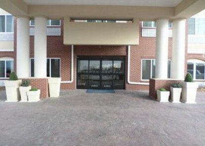 Holiday Inn Express Hotel & Suites Emporia Northwest